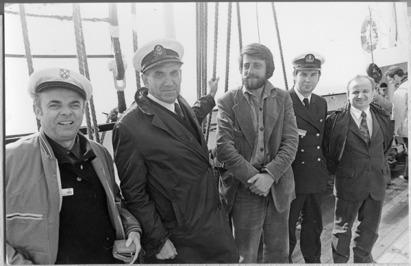 Karol Olgierd Borchardt na pokładzie Daru Pomorza rok 1974